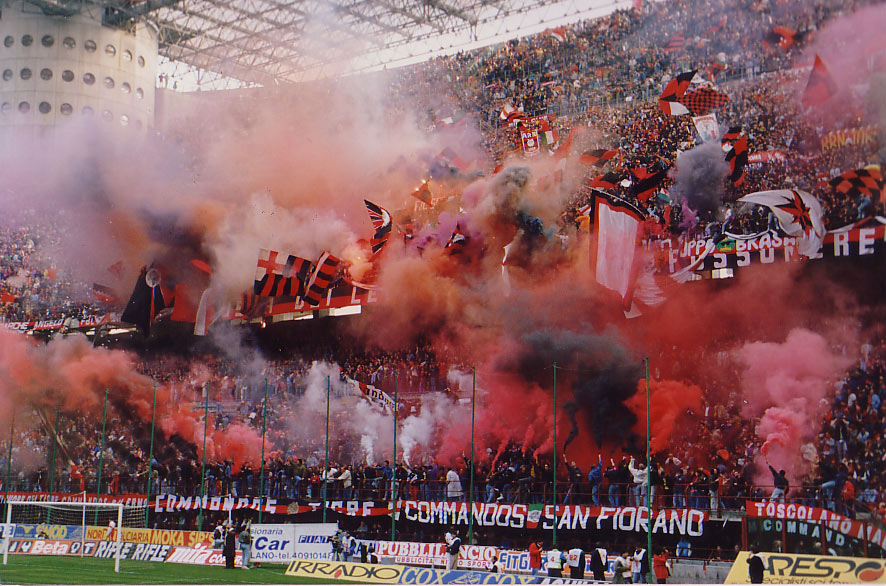 Curva-sud-Milan