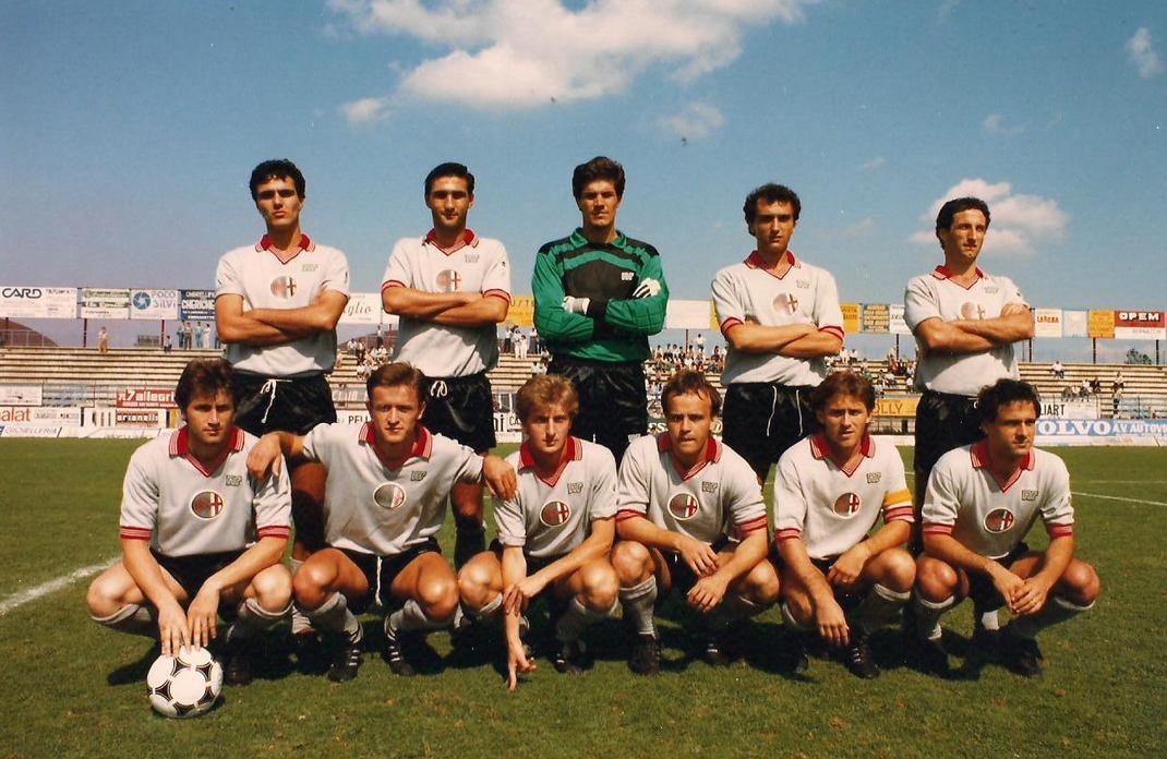 1985-86 (4)