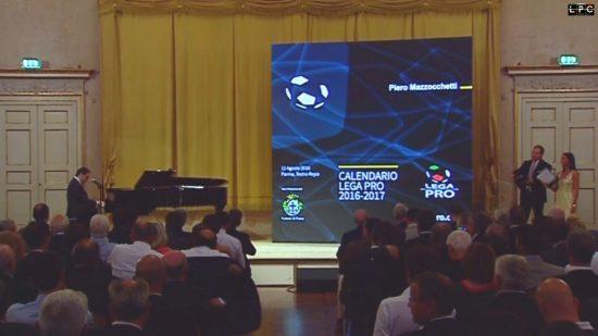 Iniziata-la-cerimonia-di-presentazione-dei-calendari-del-campionato-di-Lega-Pro-550x309