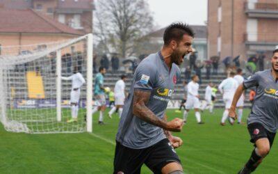 Sedici calciatori e cinque allenatori sulle due sponde di Alessandria e Frosinone