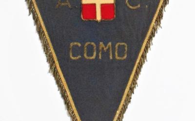 Memorabilia: il gagliardetto del Como
